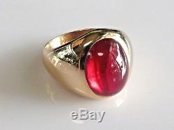 14K Yellow Gold Vintage Mens Red Spinel Ring