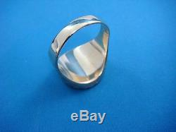 18k Yellow Gold Vintage Men`s Coin Ring Solid Back 9.4 Grams Size 10.5
