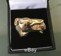 9ct GOLD Men's Detailed Vintage DOG/RABBIT Style Ring Size X Weight 17.1g Heavy
