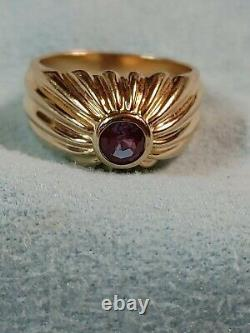 Antique. 40ct Natural Alexandrite 14k Yellow Gold Mens pinky Ring