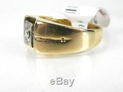 Handsome Vintage 10k Yellow Gold Natural. 08ct Diamond Mens Ring 4.4g eb3444