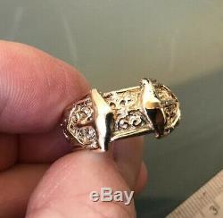 Men's Solid 9ct Gold Vintage'DOUBLE BUCKLE' Ring Size W Heavy at 14.9g Quality
