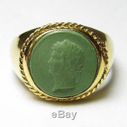 Mens 1940s Vintage 18K Yellow Gold Powdered Green Stone Man Cameo Ring
