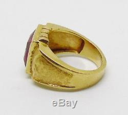 Mens Vintage 18k Solid Yellow Gold Square Synthetic Red Ruby Ring 12.2grams