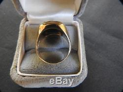 Substantial Vintage Men's 14K Gold Ring with a Bloodstone Setting Size 9.5