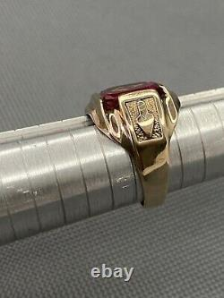Vintage 10k Solid Gold Ruby Mason Masonic Mens Ring Compass & Square Size 9.25