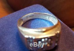 Vintage 14k Gold Men's Sz 9 Wedding Ring with 13 Diamonds, 7.0 grams -NO RESERVE