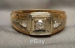 Vintage Art Deco Men's Ring 10K Yellow Gold with 3 Small Diamonds Size 11.75
