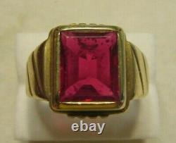 Vintage Men's 10k Yellow Gold 5.21 Ct Emerald Cut Synthetic Ruby Ring Sz 10 3/4