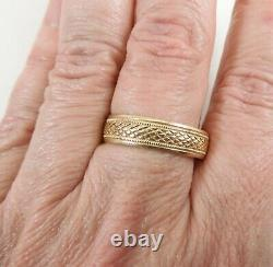 Vintage Mens / Unisex Diamond Cut 14K Yellow Gold Band Ring Size 12.25 Stackable